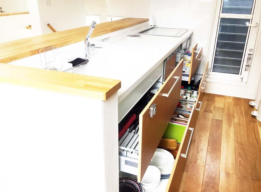 ミッテシステムキッチンの収納