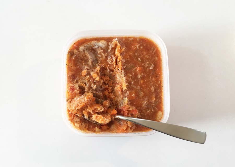 チキンのトマト煮を切れちゃう瞬冷凍