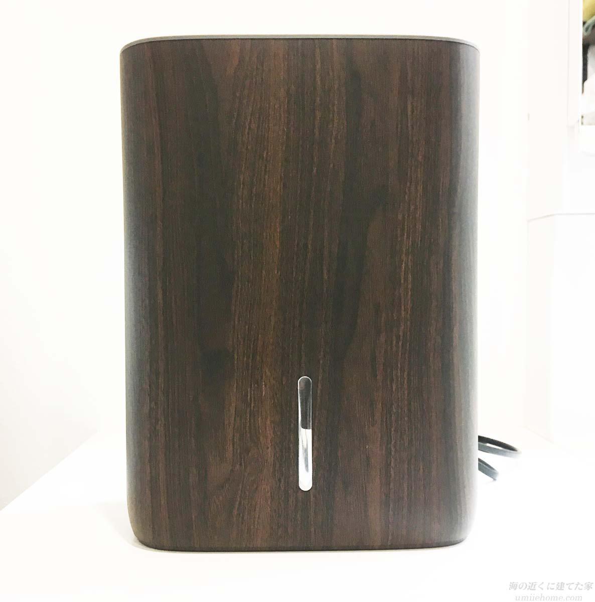 木目調の除湿器